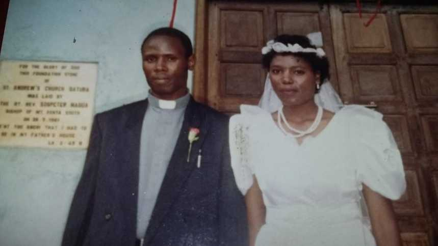 sammy sarah k 859x483 - FBF! Photo Of Sarah K At Her Wedding 27 Years Ago Is A Testimony That There's God