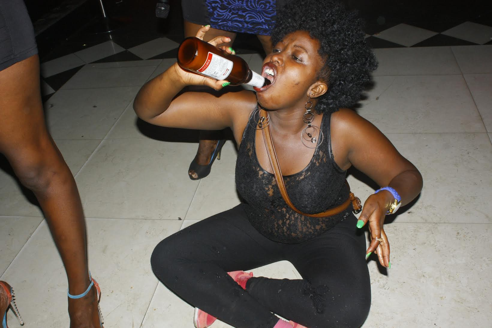 These Women Went All Ratchet Simulating Sex At A Nairobi Club On Sunday Night Photos -7081