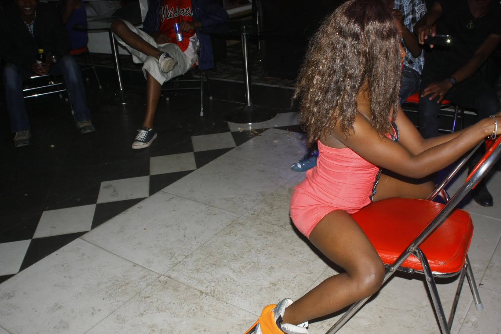 These Women Went All Ratchet Simulating Sex At A Nairobi Club On Sunday Night Photos -9373