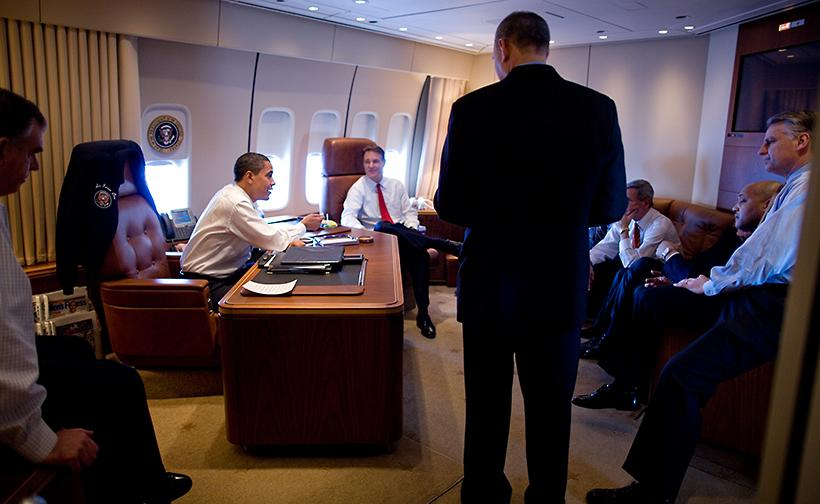 Check Out What's Inside United States' 30 Billion Air ... Obama Air Force One Interior