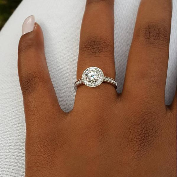Kamene Goro engaged