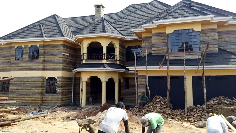 Pastor Wahome - Helicopter Of God Ministries Bishop Thomas Wahome's Expensive Mansion (PHOTOS)