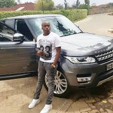 jagua car - 23 Entertainers who are not afraid to show off their rides