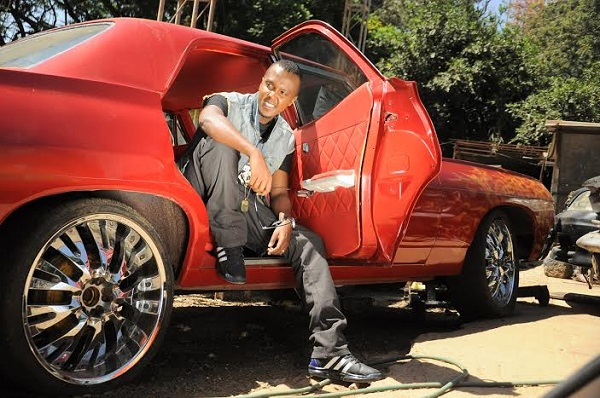 wyre car - 23 Entertainers who are not afraid to show off their rides
