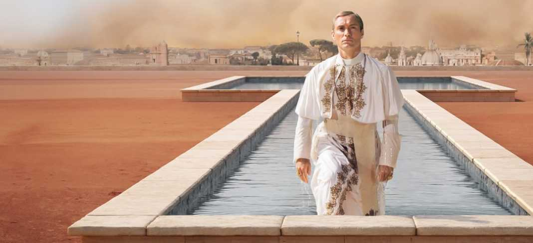 YoungPope_SHOWMAX
