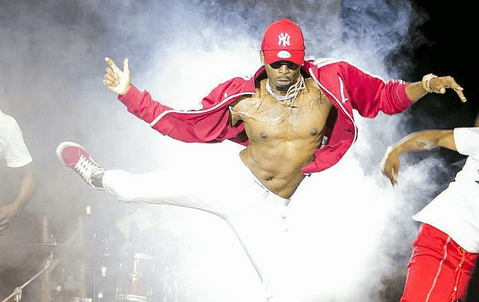 diamond platnumz - 'He wants to trick you into motherhood,' Diamond advises women on condom use