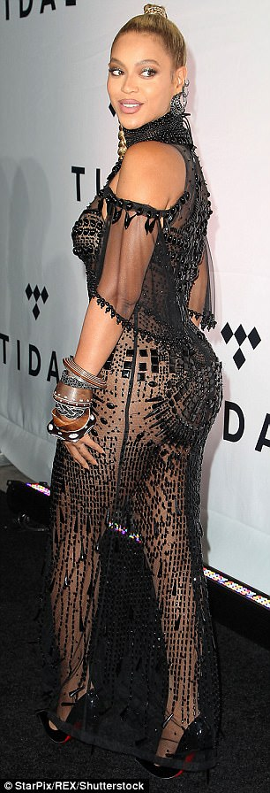 Beyonce - HIPS DON'T LIE! Women With Big Bottoms Will Outlive Us