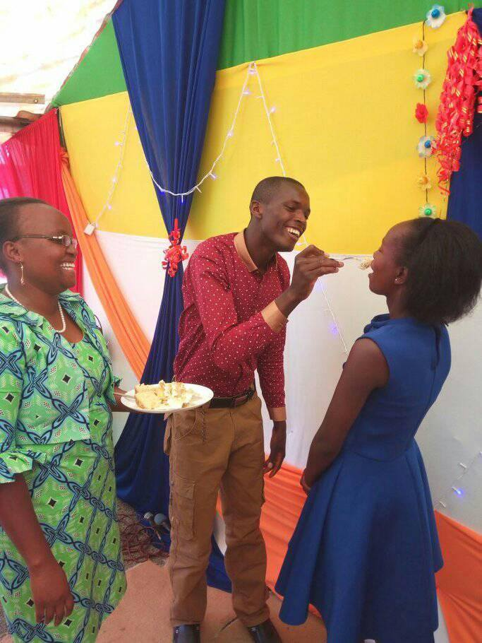CHU - See God! Proof that 100 bob wedding couple is living happily