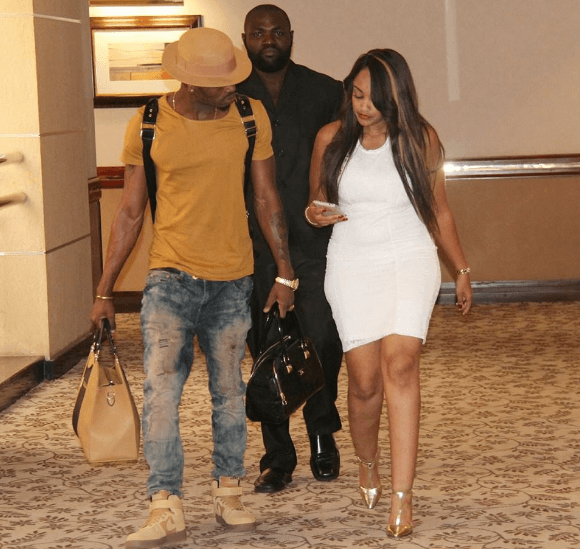 zari1 - Chivalry or nah! Personalities Carrying Handbags For The Women In Their Lives