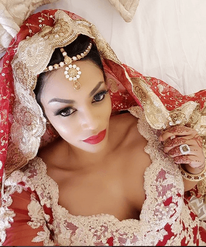 zari the boss lady  - Namaslay! Zari Hassan's Accessories Can Pay Your 5 Years Salary (Photos)