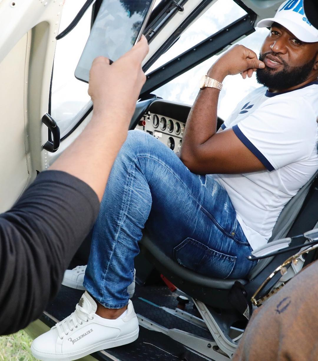 Joho ali - Mr steal your girl! Tantalizing photos of Governor Joho