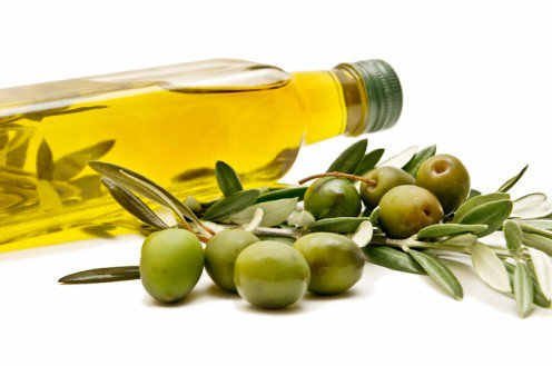 olive oil - Natural ways to keep your skin looking younger