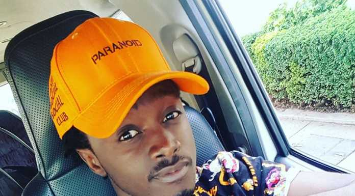 Bahati pose11 696x385 - Instagram poses Bahati has ditched after fans begged him to