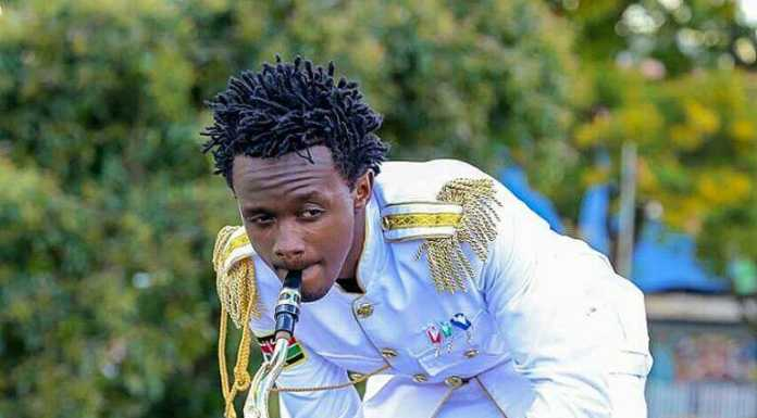 Bahati20pose13 696x385 - Instagram poses Bahati has ditched after fans begged him to