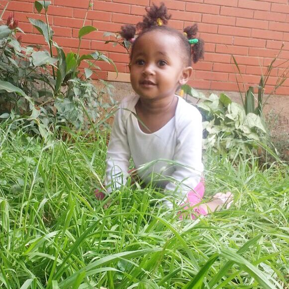 Ladasha Belle 2 - 15 hairstyles rocked by Ladasha Belle that will give you baby fever