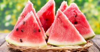 watter 350x182 - Ladies, this is why watermelon is the latest superfood for your face