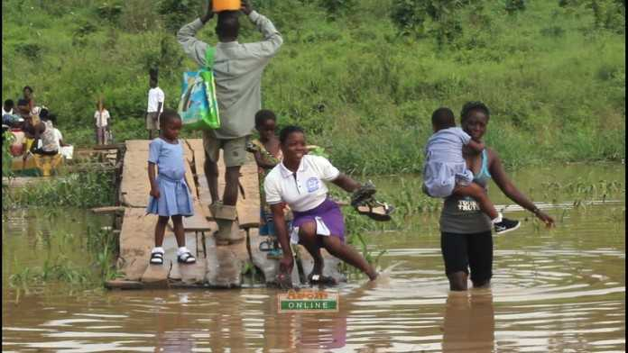 Pupils on River Ofin