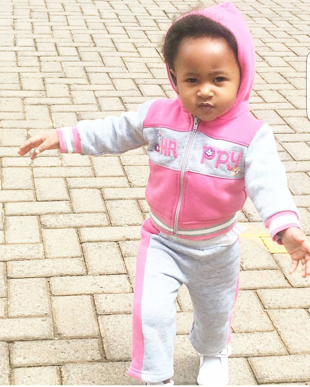 ladasha belle Wambo4 - Photos of DJ Mo and Size 8's daughter with her game face on