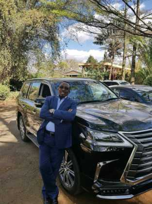 pastor James Nganga 313x420 - Kings of the pulpit! Best dressed Kenyan pastors