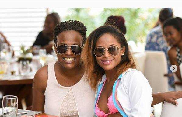 nanau5555 598x385 - Pesa si shida! Uhuru Kenyatta's niece steps out with an expensive Louis Vuitton belt, worth your rent