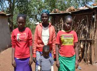 Agnes Kaburo and her daughters