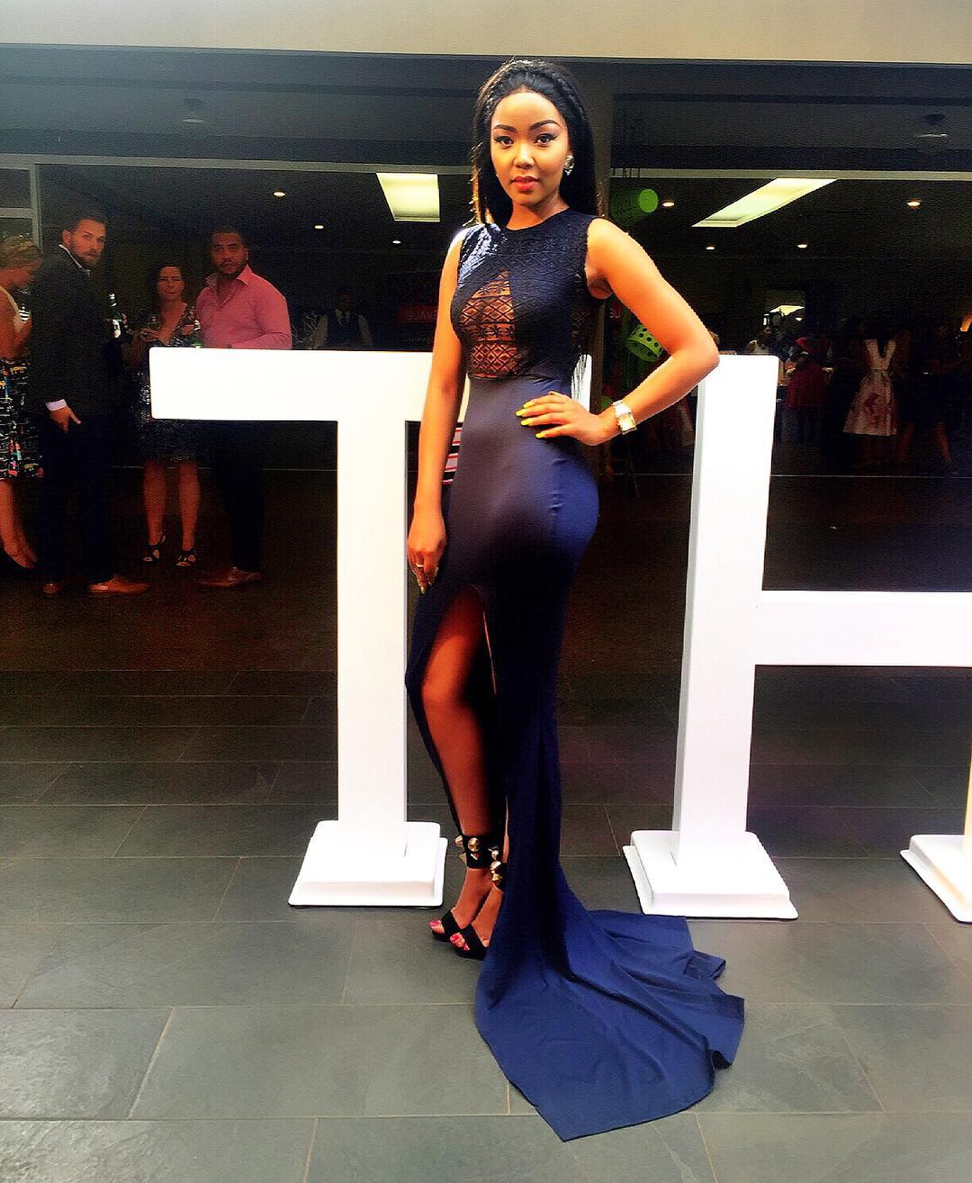serah teshna - Top 8 Kenyan celebrities that pull that perfect Red Carpet gown look