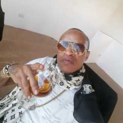 30602508 373173696501143 6776512903282425856 n 250x250 - Exclusive: Prezzo cuts down on alcohol and toxic love triangles
