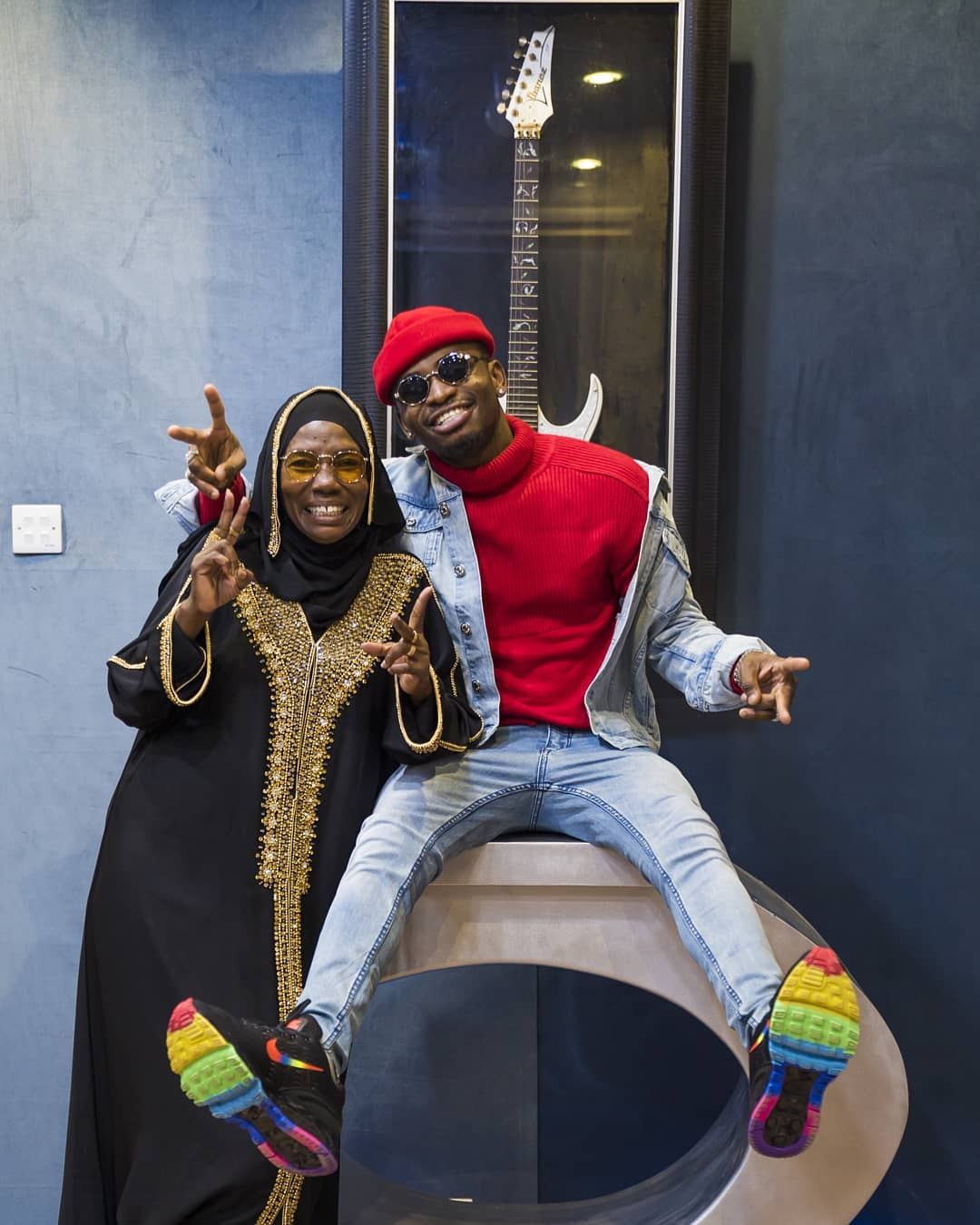 Diamond Platnumz and his mother - 'Were you there when I conceived Diamond?', singer's mum attacks fan