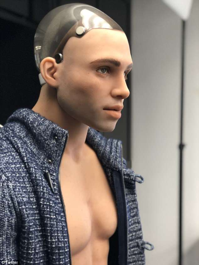 henry-the-sex-doll