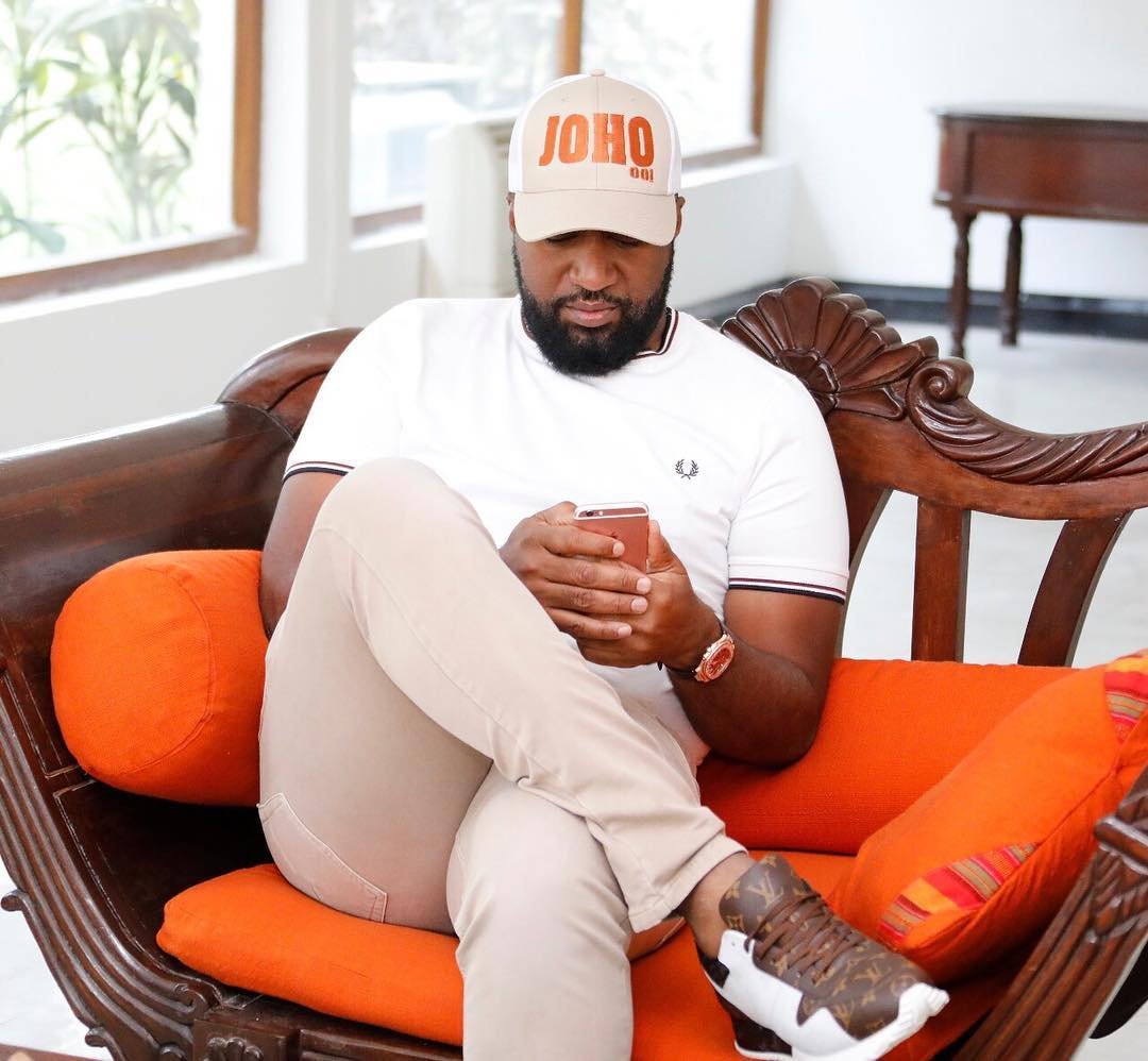25006603 134856080519202 4418838701187006464 n - Mr steal your girl! Tantalizing photos of Governor Joho