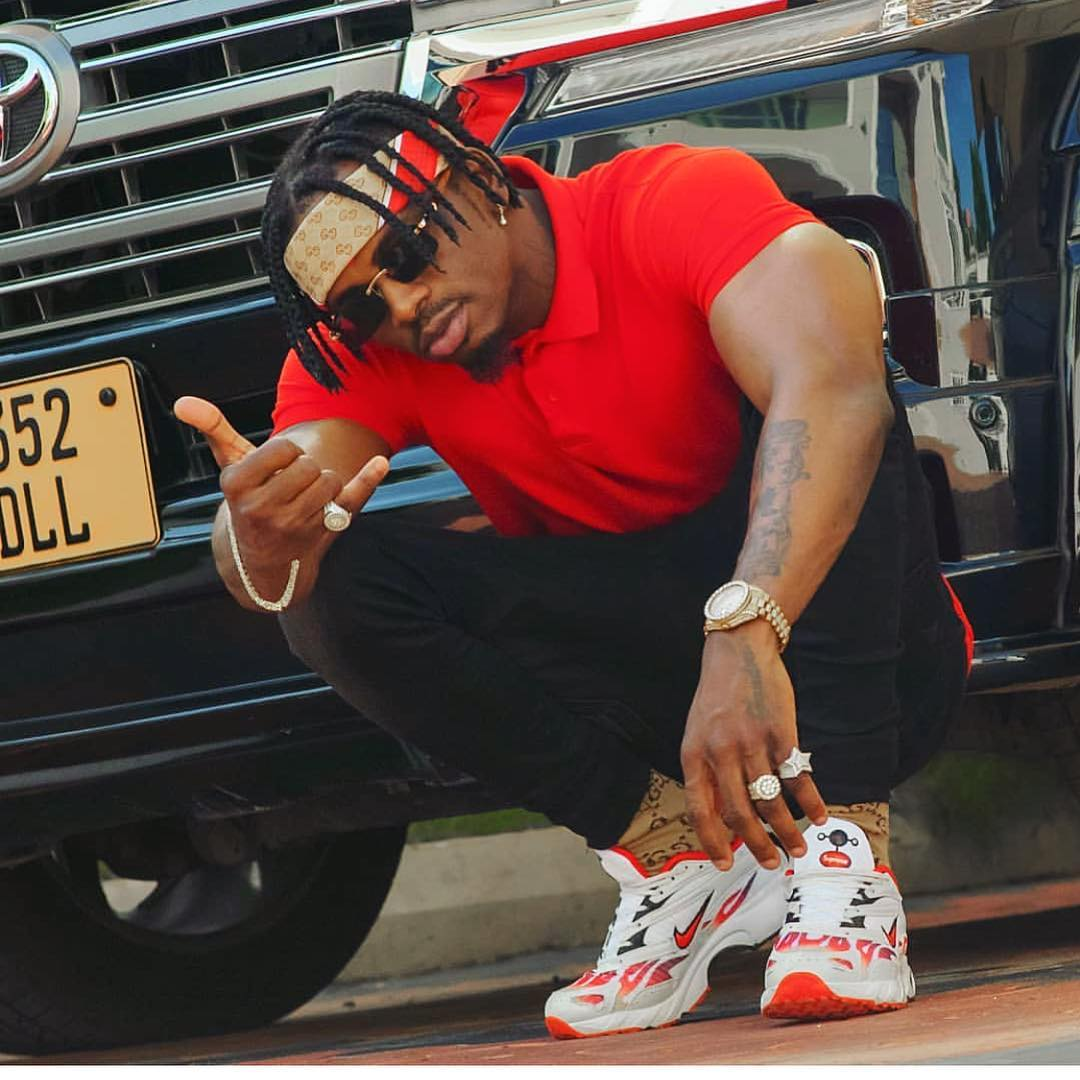Doamodn Platnumz Tanzania - Zari prays for deadbeat fathers, Diamond Platnumz unaskia?