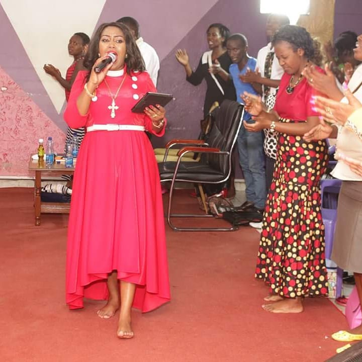 31496889 829183913959293 832064710038781952 n - Mrembo wa Yesu! Check out photos of Prophetess Monicah's unique dress code
