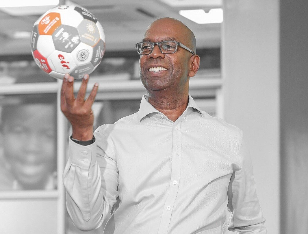 DwxqP0DWoAAhtx  - Bob Collymore's life moments that will bring tears to your eyes!