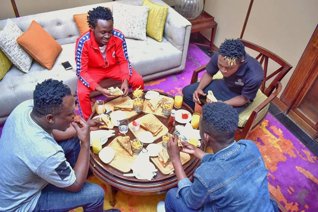 2018 07 27 bahati mr seed and david wonder the 2018 emb tour guys as seen at the table having breakfast - What is going on? David Wonder ponders leaving Bahati's label record