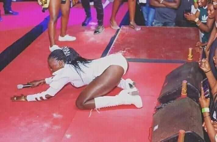 "Akothee on stage - Exclusive: Woman Akothee called ""baby pig"" responds viciously"