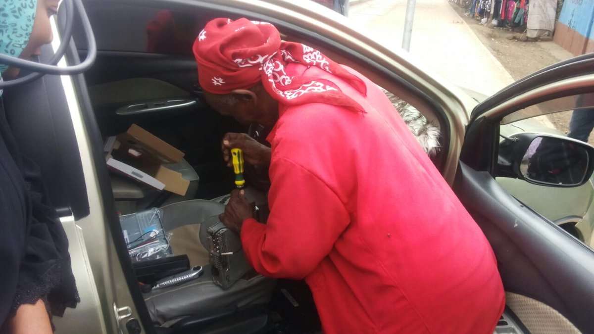 Di4x9wiW4AAg8QR - Shosh manyanga! Meet 80-year-old woman who builds sound systems for matatus