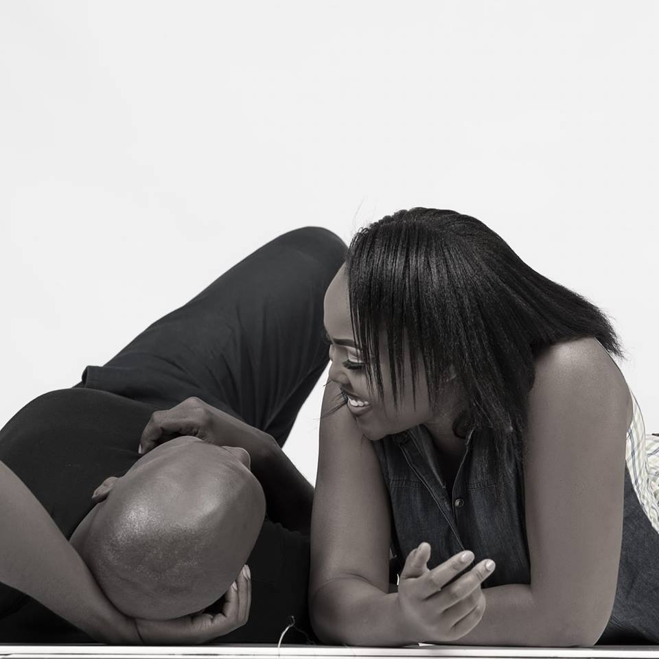 Okari-and-his-new-wife-relaxing