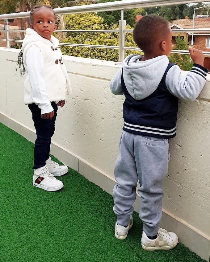 54247359 1123372084502193 1486132627817148385 n - 'Walee basi!' Diamond's mother tells fan who told her Zari's kids had a new dad