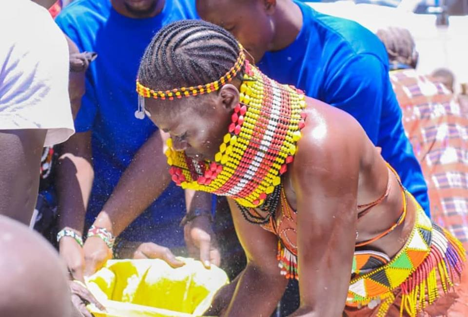 55460138 2322852481115692 1687970826487332864 n - Abarikiwe! Akothee praised after donating food to hunger stricken Kenyans in Turkana