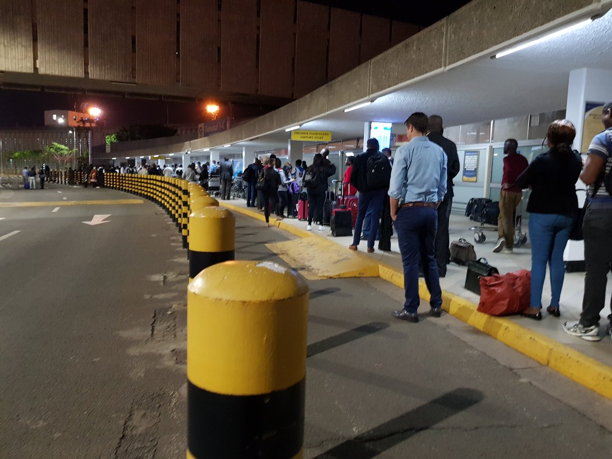 D08EIn8XQAE30fY - Travellers stranded at JKIA as airport workers strike bites (photos)