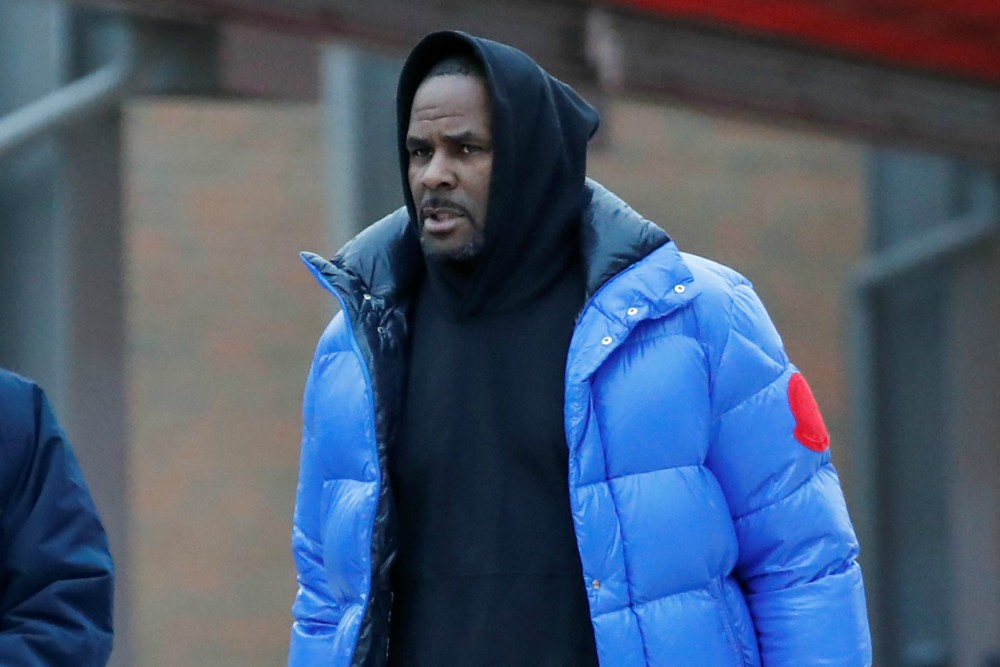download53 - When it rains it pours! R Kelly arrested again for failing to pay child support