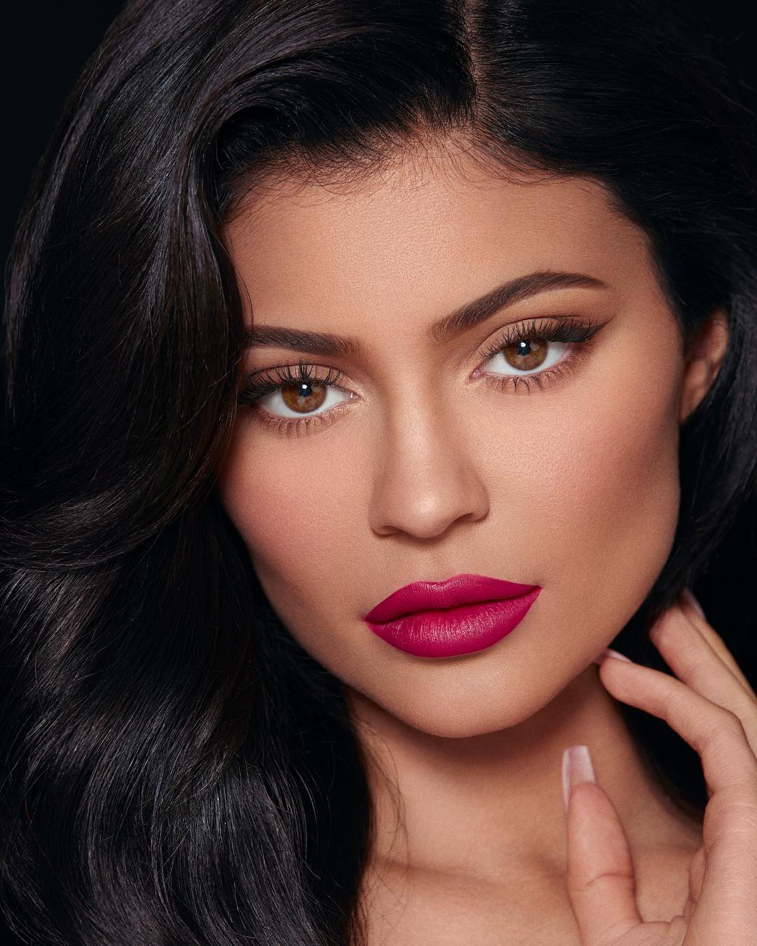 kylie jenner 1 - Jordyn Woods 'visibly uncomfortable' upon meeting Kendall Jenner