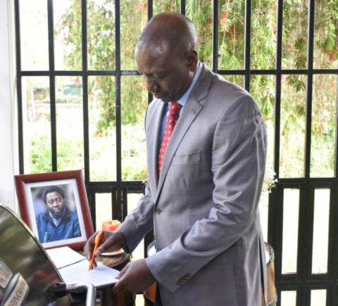 mario 2 - 'He will be sorely missed', Ruto says during visit to his pilot's Karen home after crash [PHOTOS]