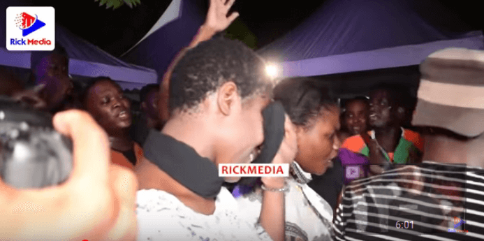 ruge 2 - Tanzanian celebrities faint, break down during media mogul's burial