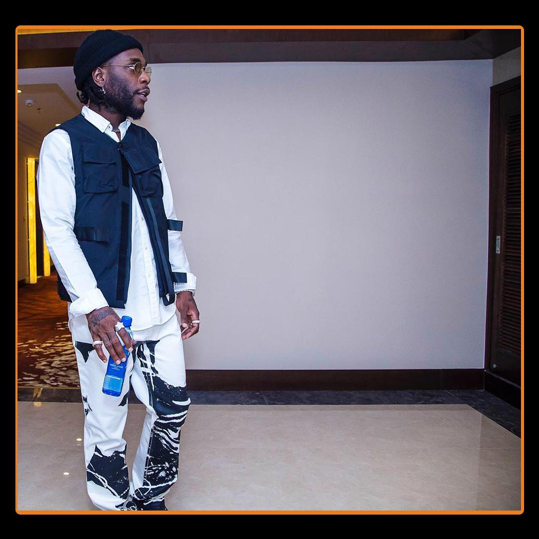 54277408 290746068489726 7325695291097183633 n1 - Thie Ukiumaga! Burna Boy kicks fan who tried to steal his expensive ring in Zambia (Video)