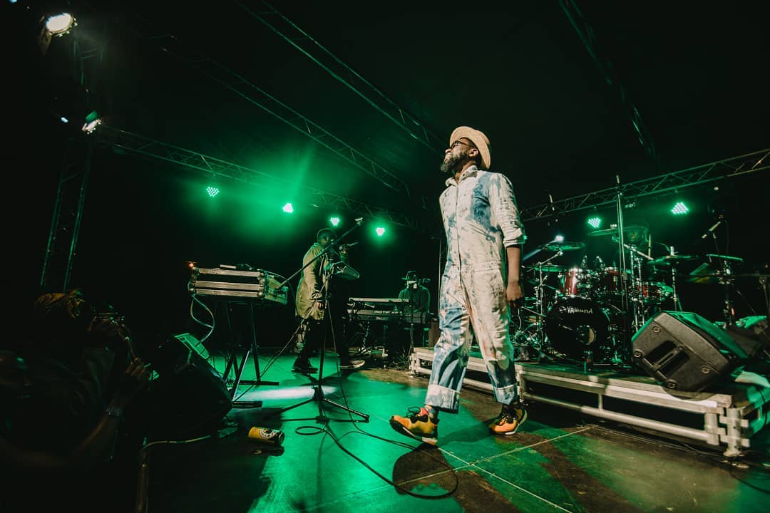 Blinky Bill on stage - Just a Band singer, Blinky Bill parties with David Beckham in S.A