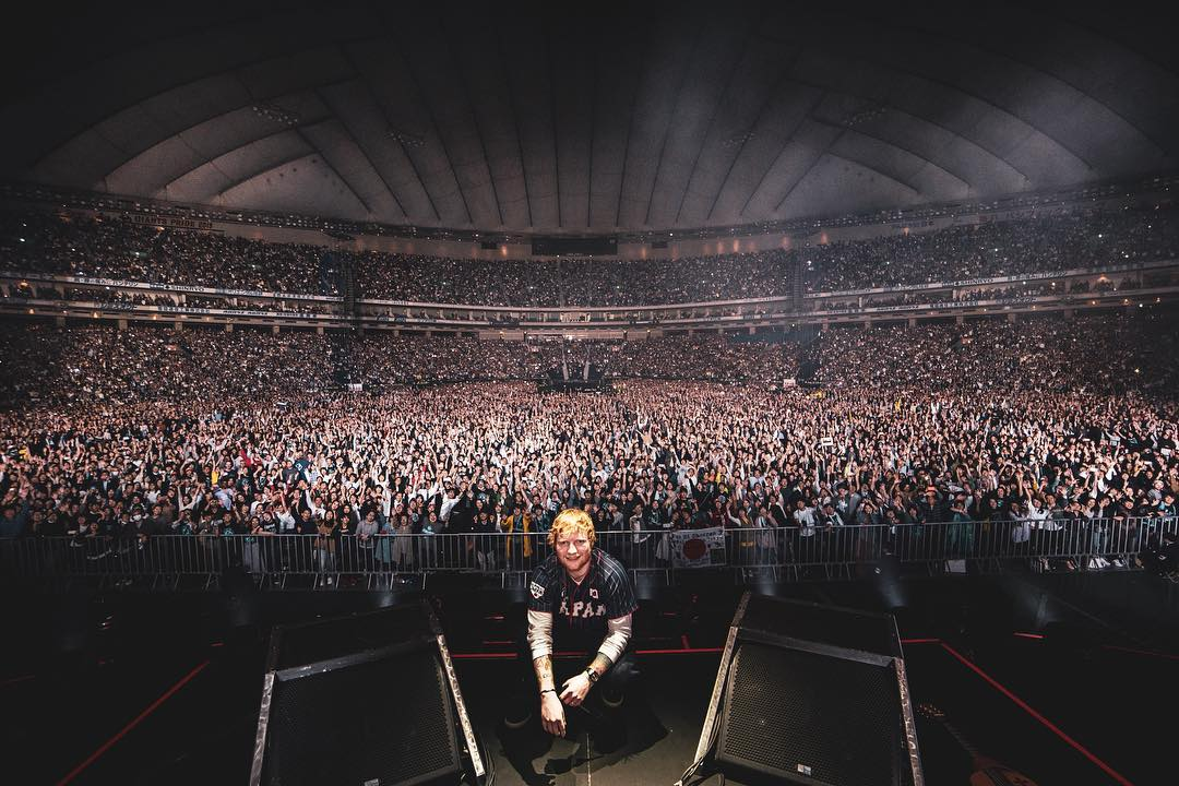 Ed Sheeran at one of his concerts - Personal reason Ed Sheeran supported #BringKianoHome