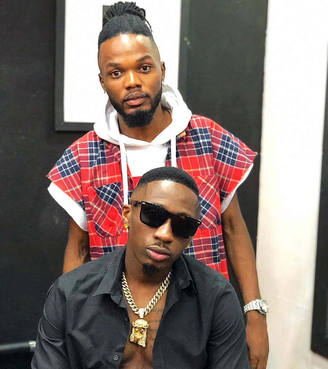 George Dufanda with Juma Jux - Joho's barber Dufanda says Juma Jux and Ommy Dimpoz most difficult clients
