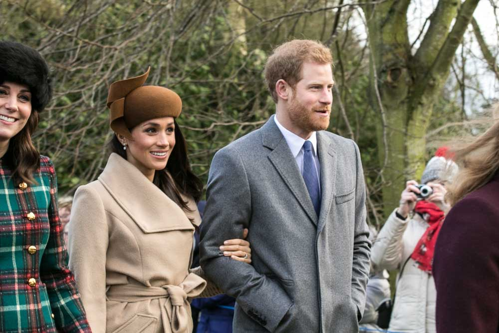 Prince Harry and Meghan Markle on Christmas Day 2017 - Meghan Markle wants to have her baby at her new home like the queen