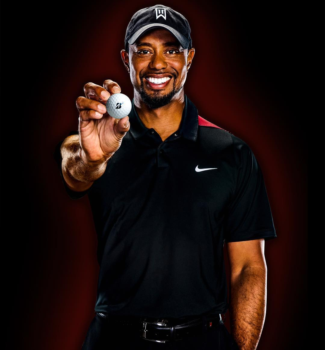 Tiger-Woods-smiling